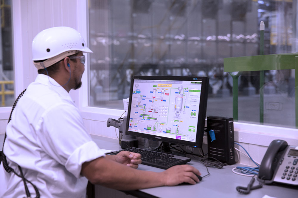 Using advanced computer software, all steps of the manufacturing process are carefully monitored for quality control, and we test and monitor every aspect of the manufacturing process: pre-production, production and post-production.